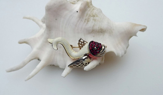 Vintage Weiss Enamel Fish Pin Movable Fin Red Rhinestones Adorable Fishy Brooch