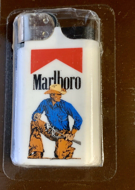 VINTAGE MARLBORO LIGHTER NEW IN BOX 1988 CIGARETTE MARLBORO MAN COWBOY