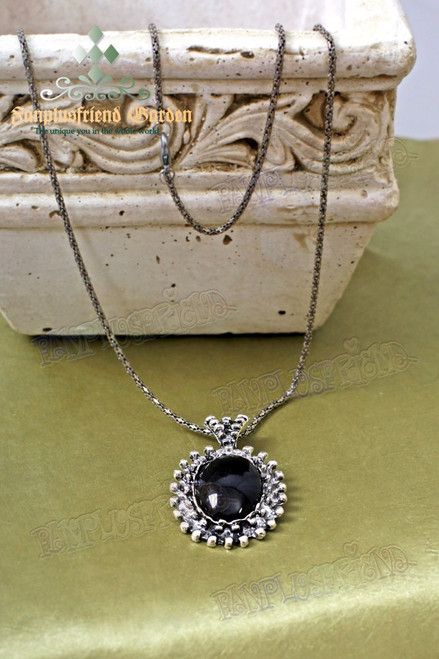 Gothic Black Jewel Decoration Pendant Necklace
