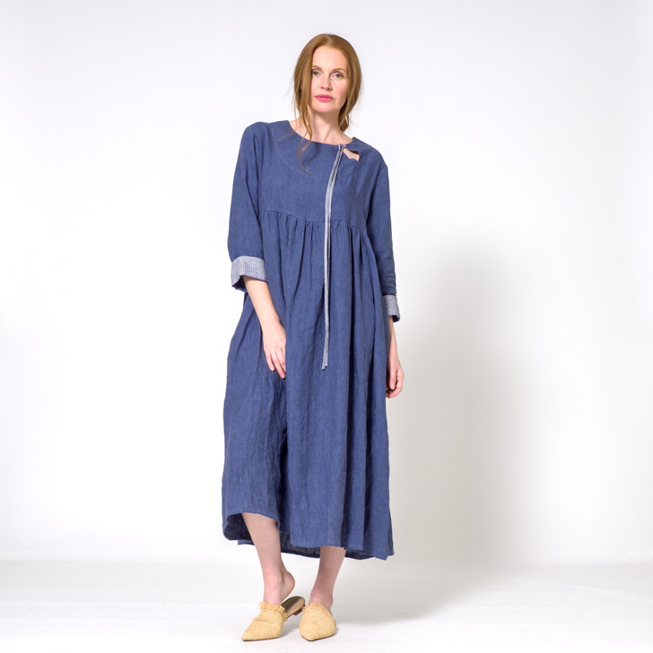 Premium Korean linen  • Flattering, relaxed fit (check bust measurement in size guide as chest area important to fit)  • Diagonally cut neck opening with ties  • Long or 3/4 length sleeves with bias cut cuff  • Side pockets
