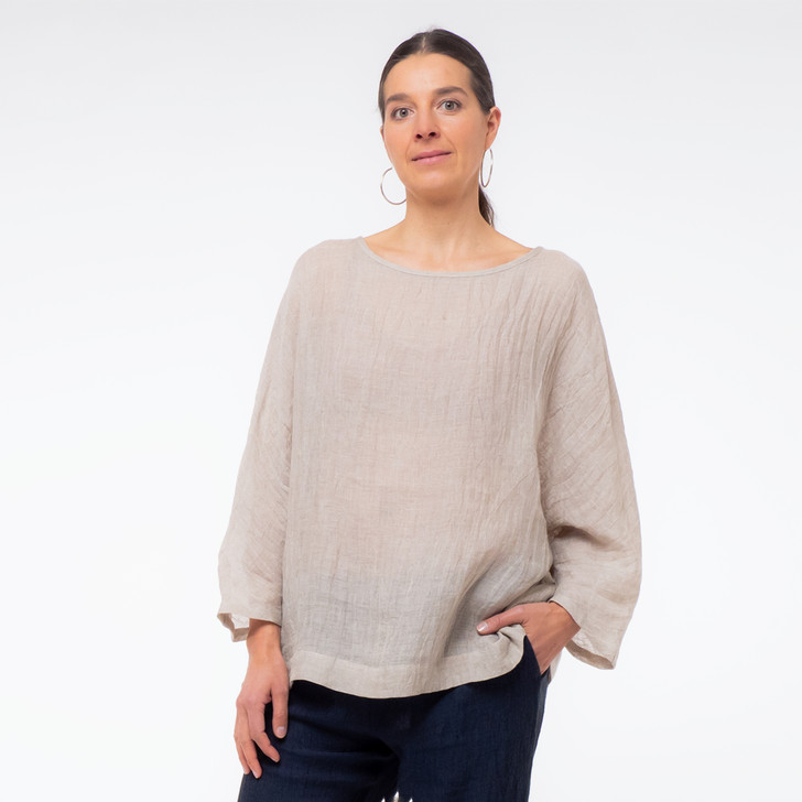 • Oeko-Tex® certified, premium, lightweight Japanese gauze linen  • Kimono style long sleeve—wear rolled up or down  • Asymmetrical hem, with additional length at back  • Generous, relaxed fit for comfort and coverage