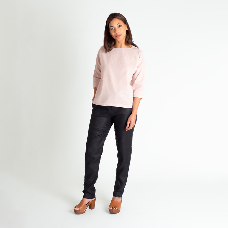 • Breathable, easy care linen/cotton blend • Relaxed fit, box shape style • Boat neck with side inserts for a more modest look • Drop shoulder with long sleeves that roll up to 3/4 length • Designed and ethically made in Melbourne, Australia