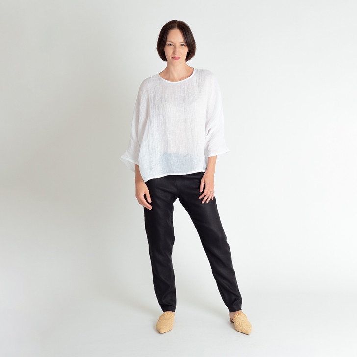 • Premium, lightweight gauze linen, cool and comfortable for the summer • Kimono style sleeve, three quarter length – wear rolled up or down • Generous fit, covers the important parts • Asymmetrical hem, with additional length at the back • Designed and made ethically in Melbourne, Australia