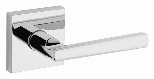Kwikset / Montreal Lever with Square Rose / Passage / Polished Chrome / 154MRLSQT 26