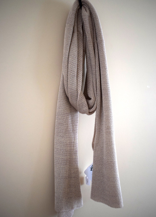 Oyster cotton scarf