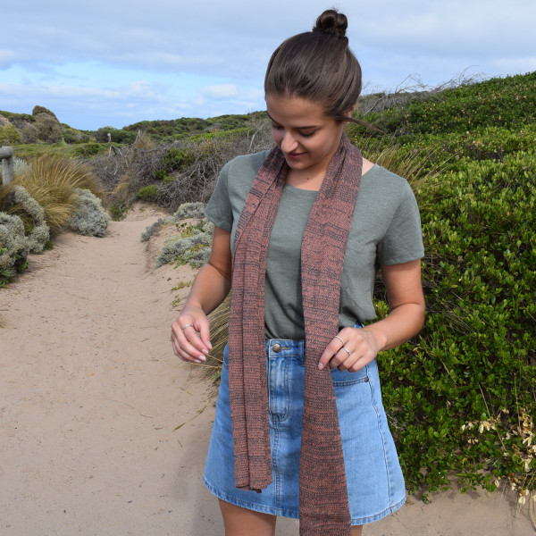 Cotton scarf in salmon/grey mix