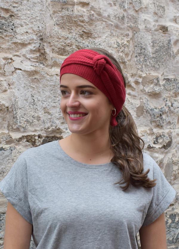 garnet, worn as head scarf