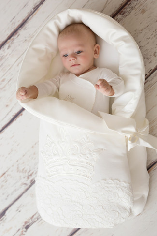 Royal Crown Baby Nest By Designer Sofjia