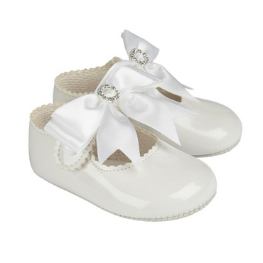 Baypod White Diamante Bow Shoes