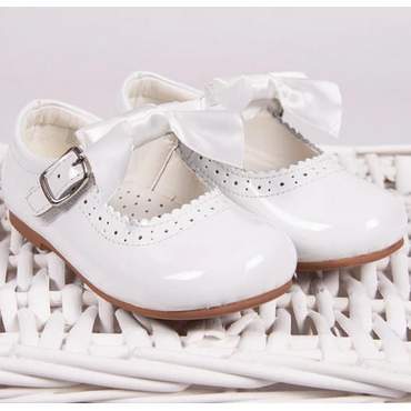 Mary Jayne White Girls Shoes with Removable Bows