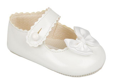 Baypod Baby Bow white pram soft soled shoes