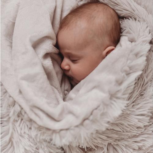 Baby Pom Pom Blanket in Grey