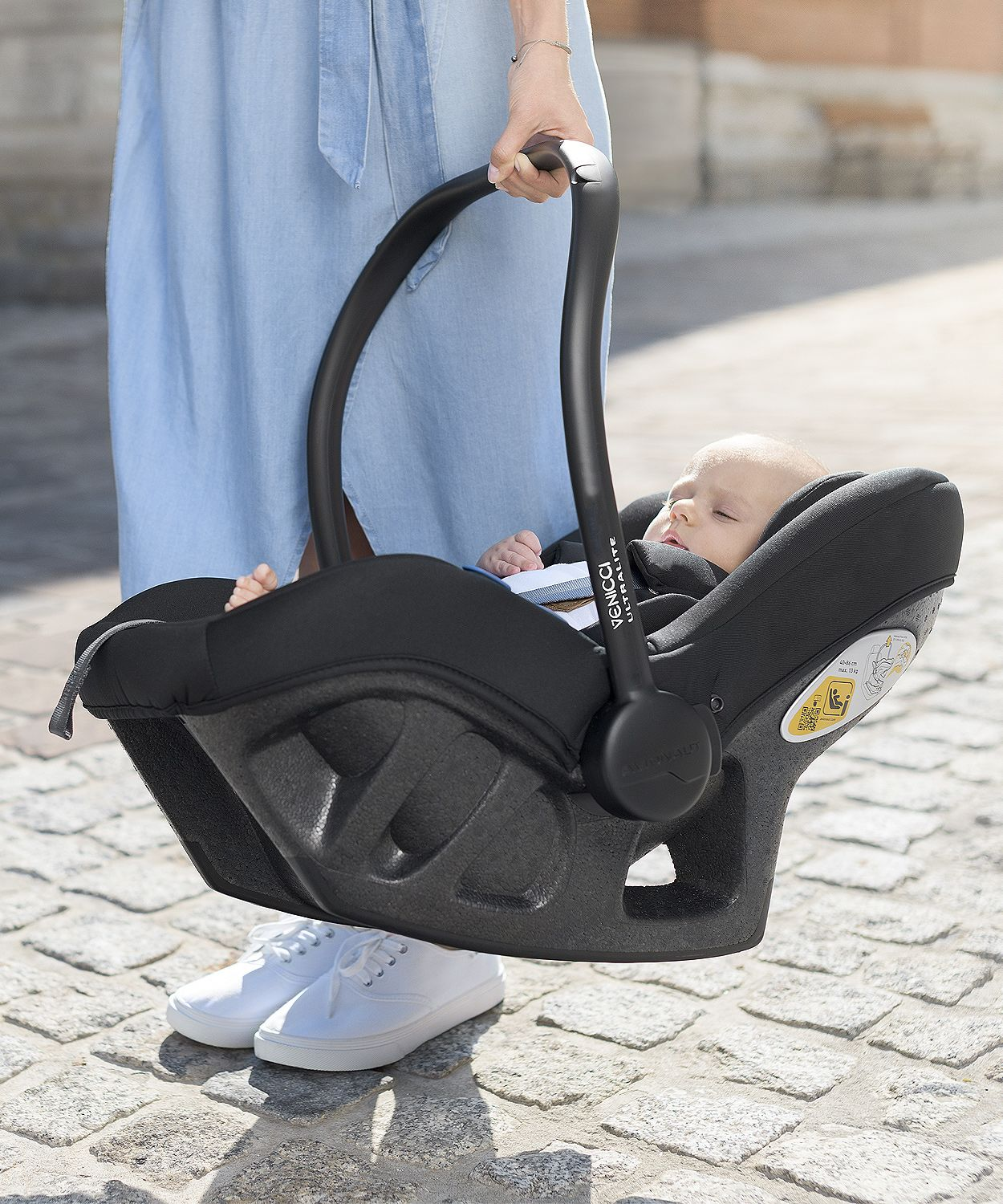 venicci tinum ultralight infant carrier