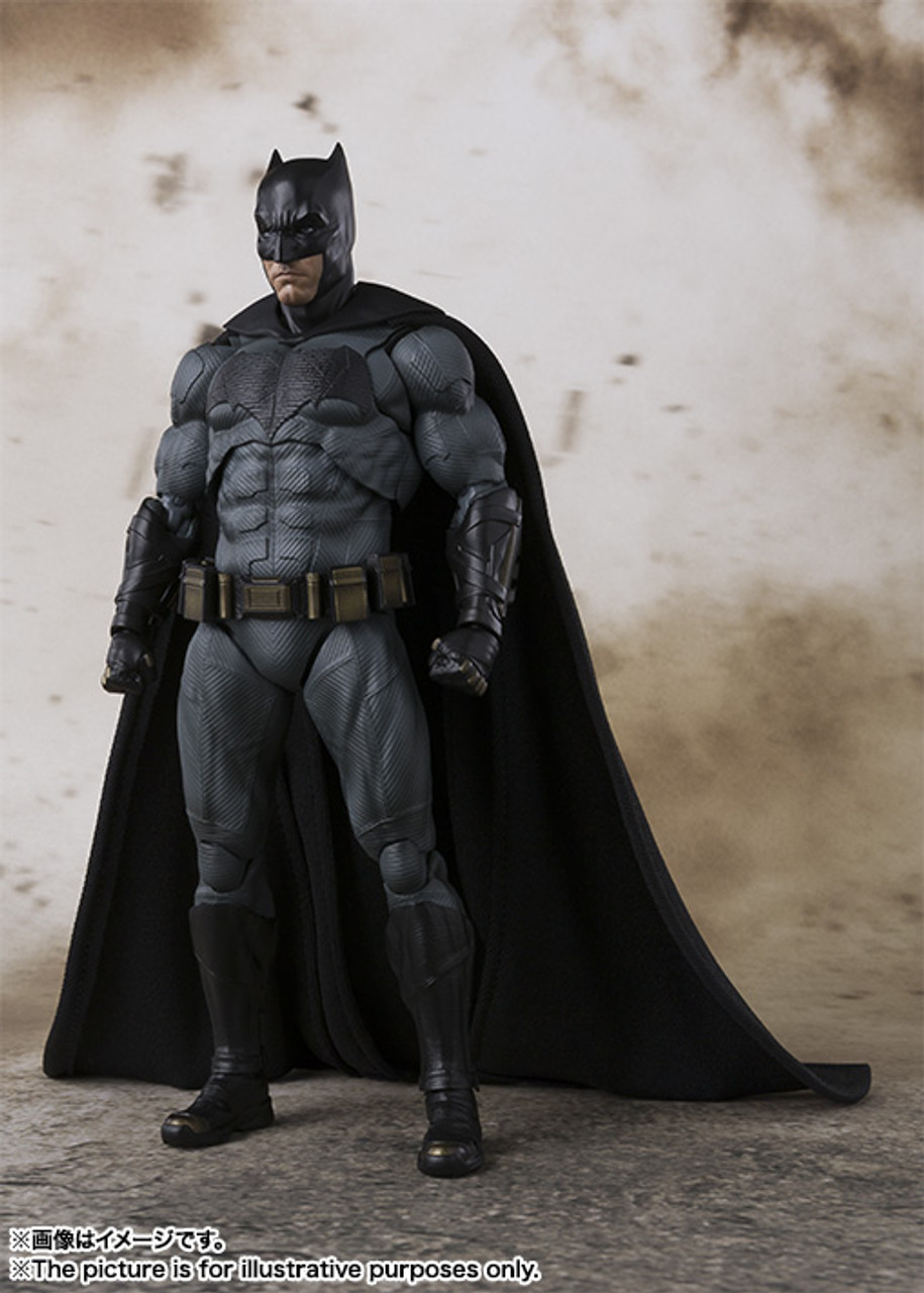 S.H.Figuarts BATMAN The Dark Knight Action Figure BANDAI NEW from Japan F//S