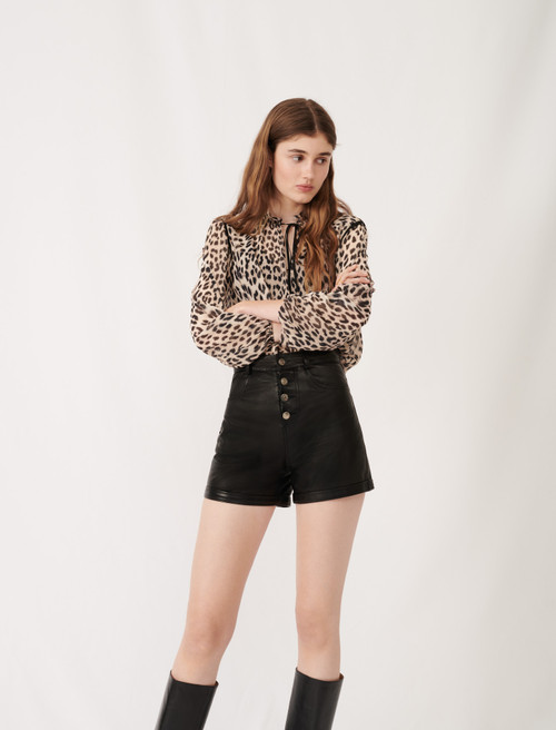 Leather shorts with button details - Black