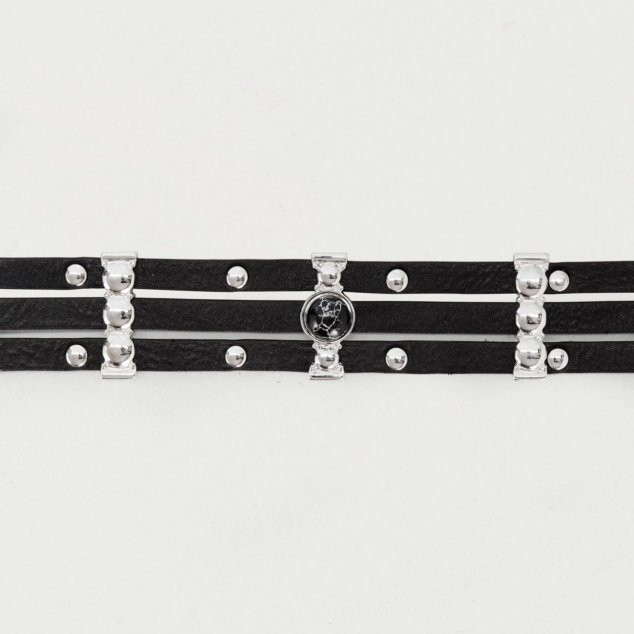 High-Waisted Leather Belt With Metal - Black