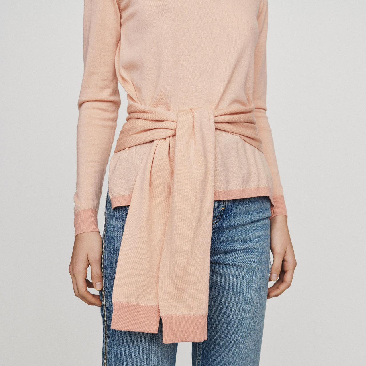 Thin Sweater With Tie - Coral