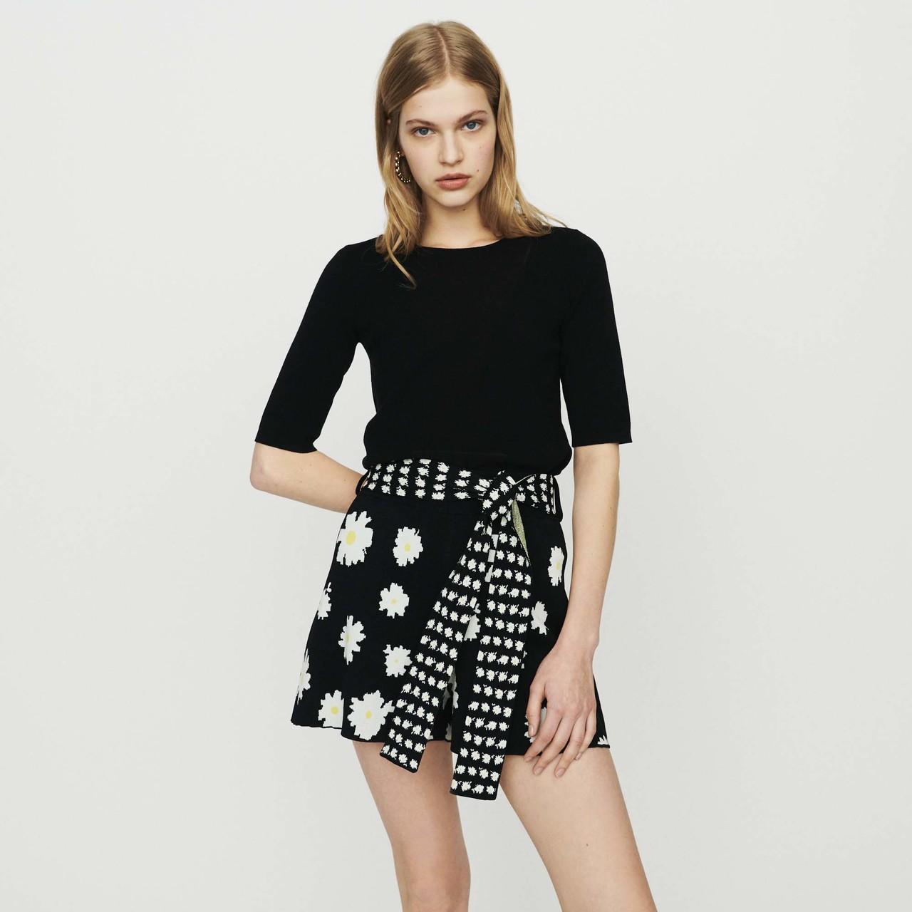 Short-Sleeved  Sweater - Black