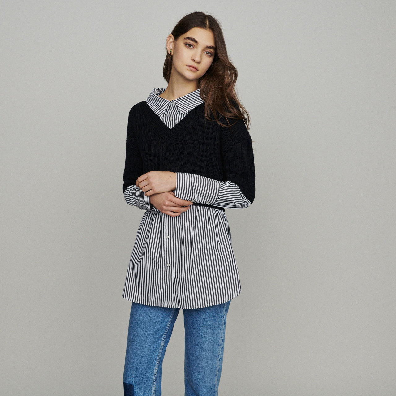 Trompe-L'oeil Effect Cropped Sweater With Striped Shirt - Black