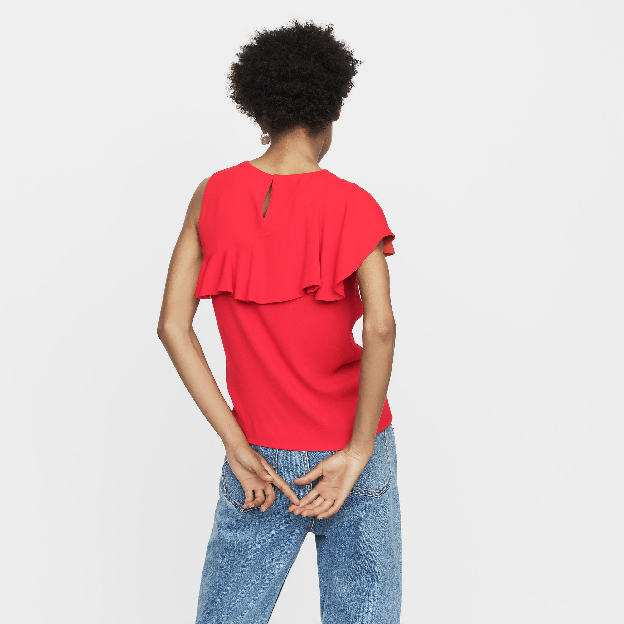 Sleeveless top with ruffle  - Red
