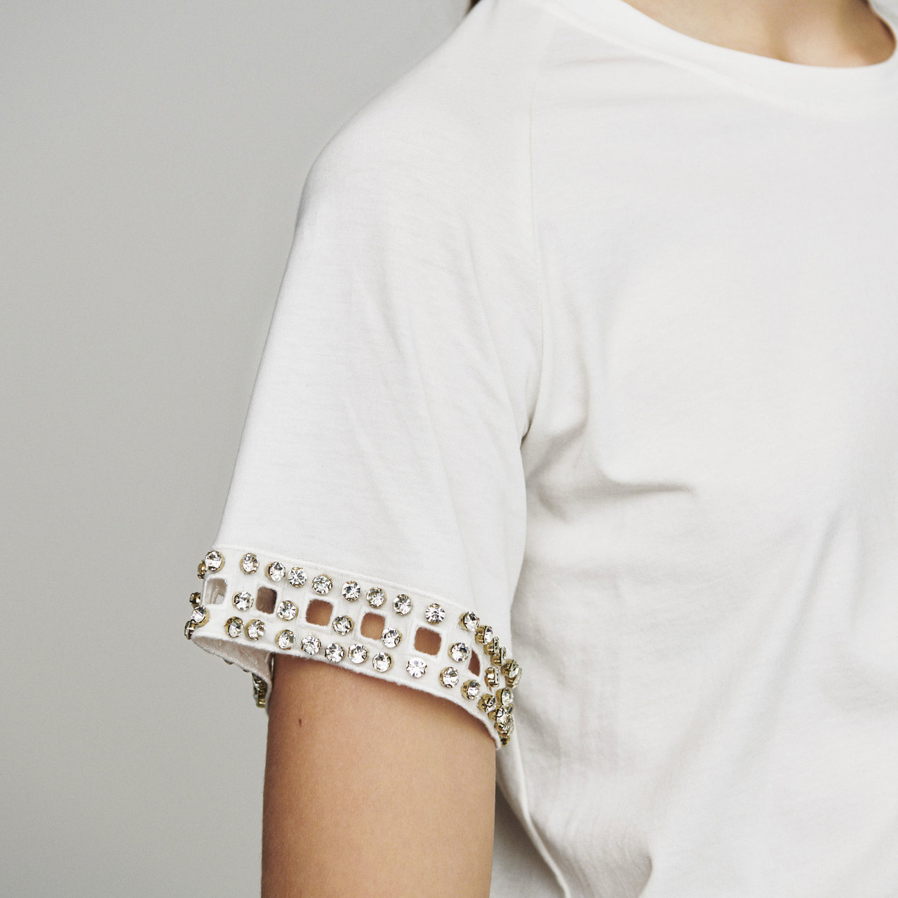 Open-Work T-Shirt With Rhinestone - Ecru