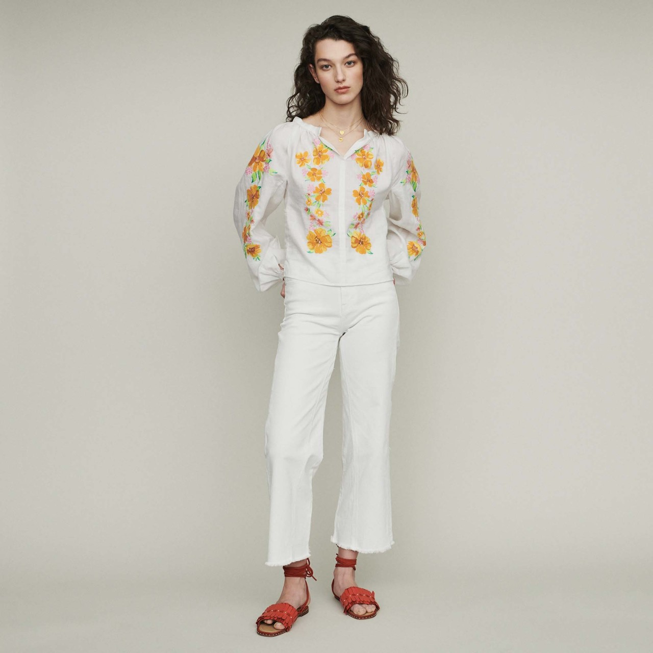 Linen embroidered blouse - White