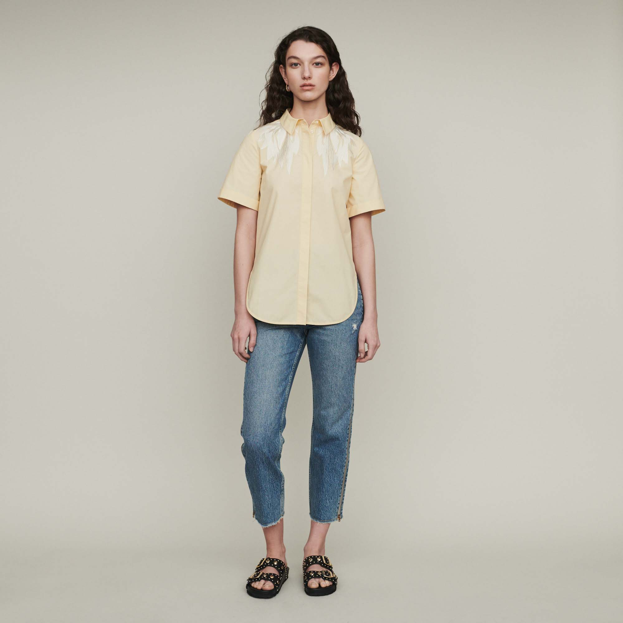 Short Sleeve Embroidered T shirt - Yellow