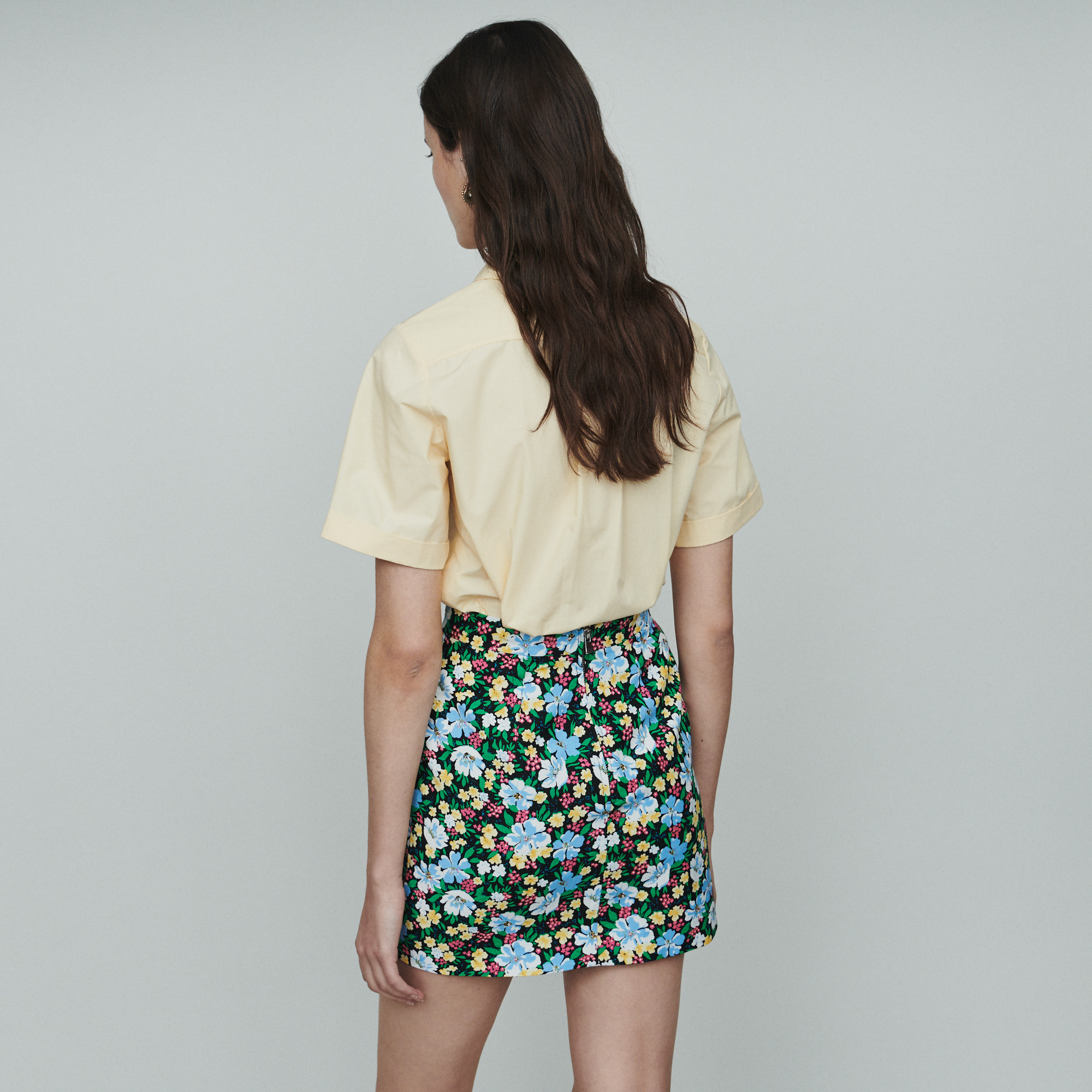 Short skirt with floral print - Print