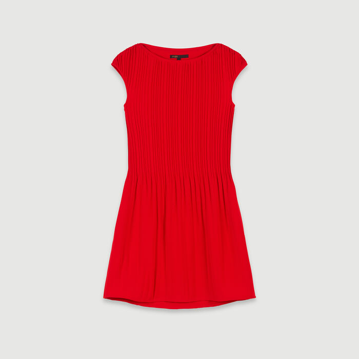 Sleeveless Pleated Dress  - Red