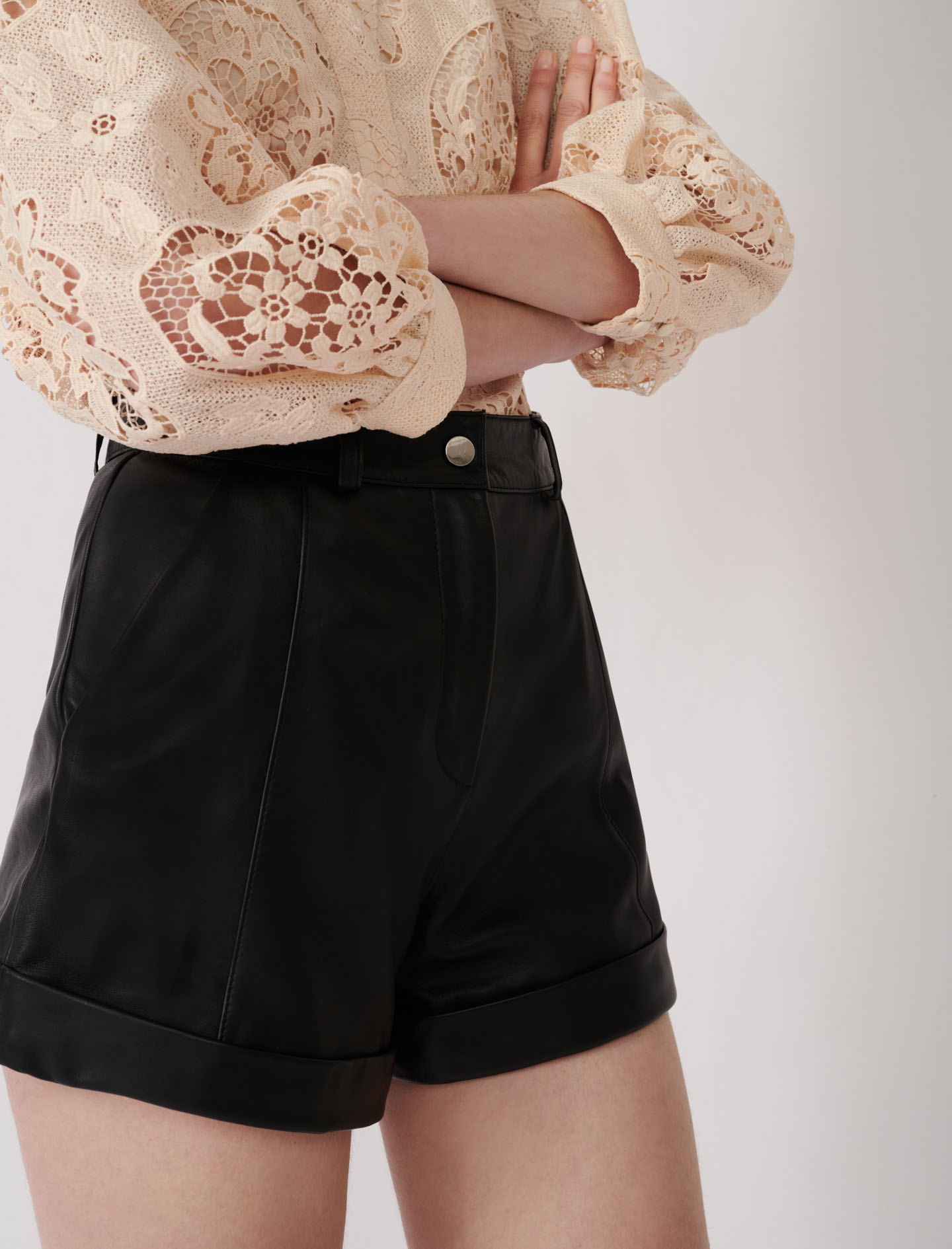 Cuffed Shorts With Topstitching - Black