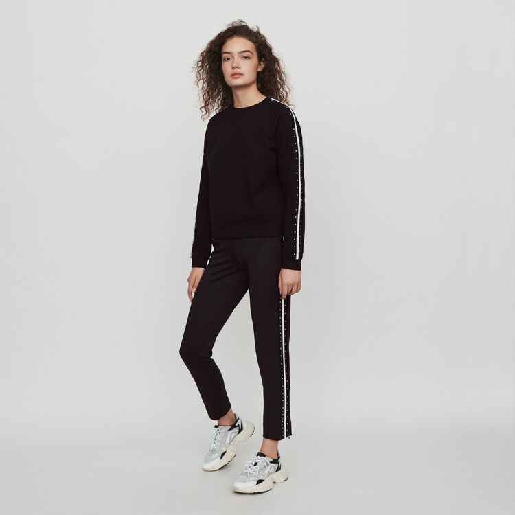 Contrast Striped And Studded Sweatshirt - Black