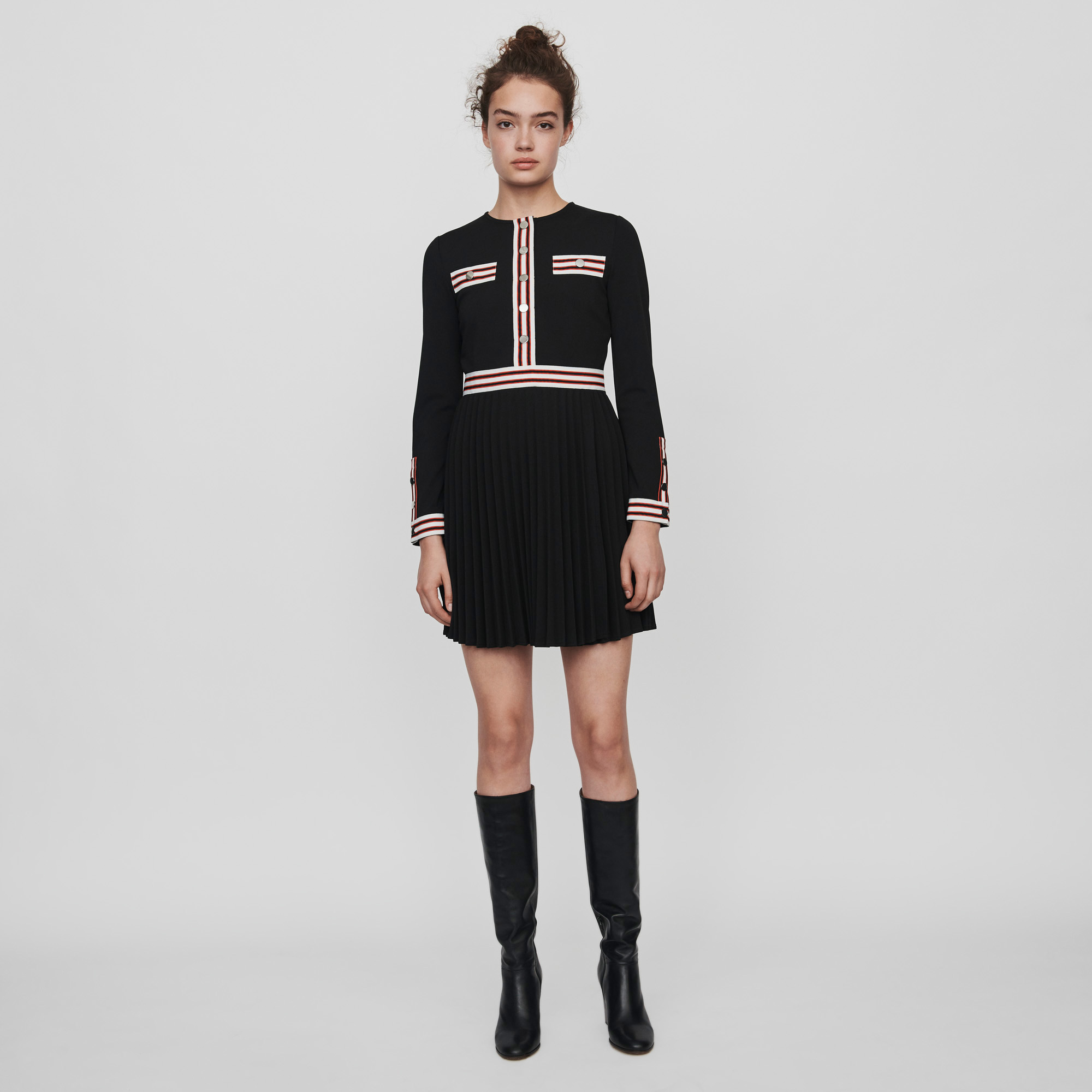 Pleated Dress With Contrasting Stripes Black