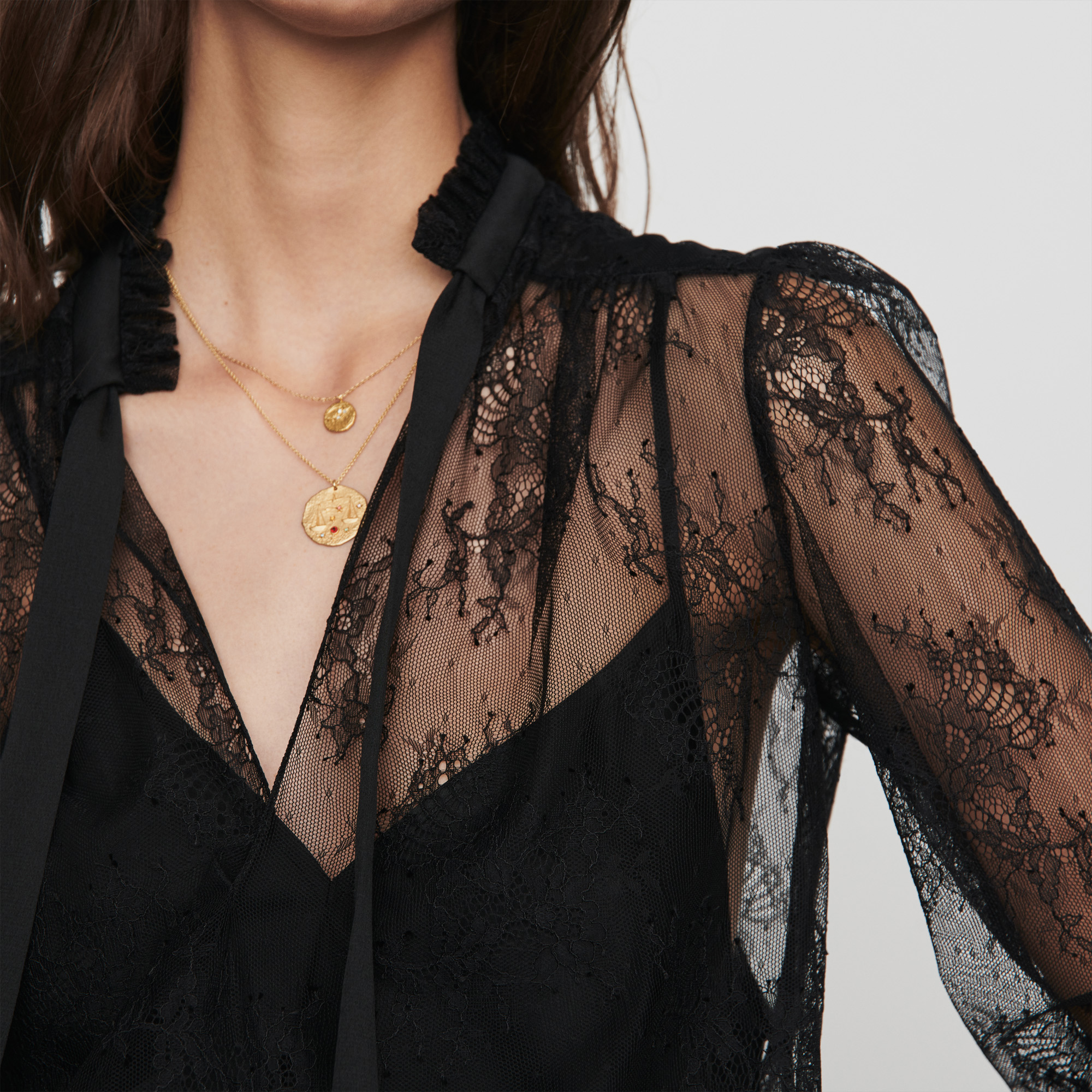 Lace pussy bow top - Black