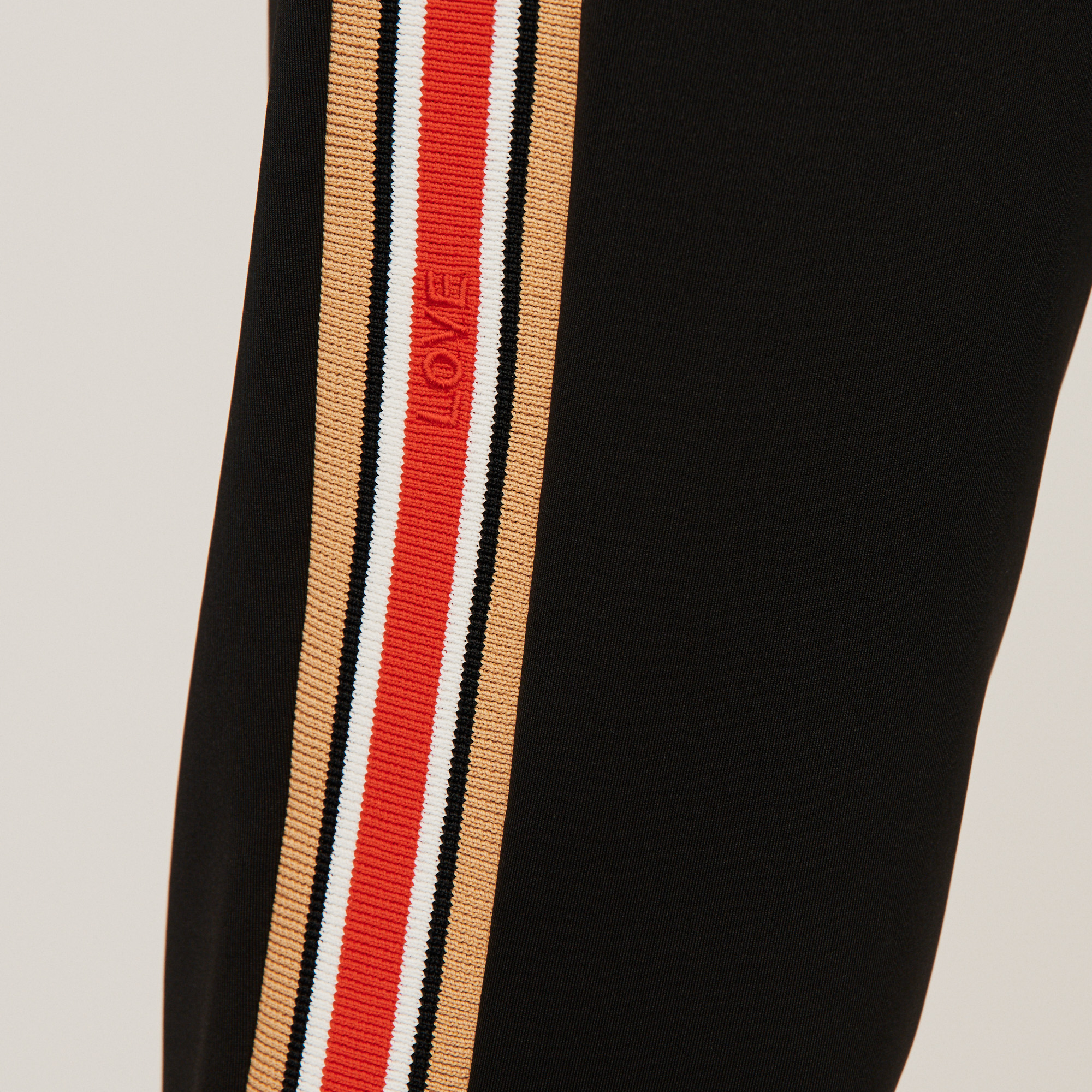 Contrasting stripes jogging pants - Black