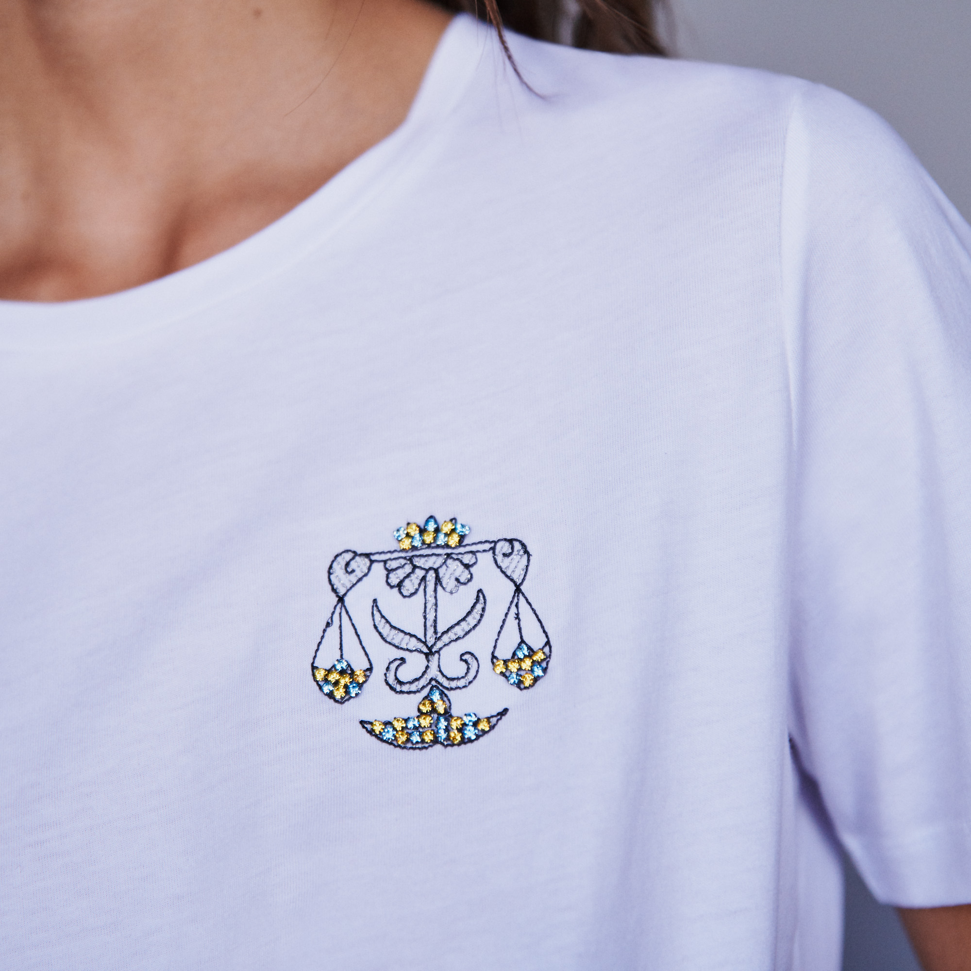 Libra zodiac embroidery and strass cotton Tshirt - Ecru
