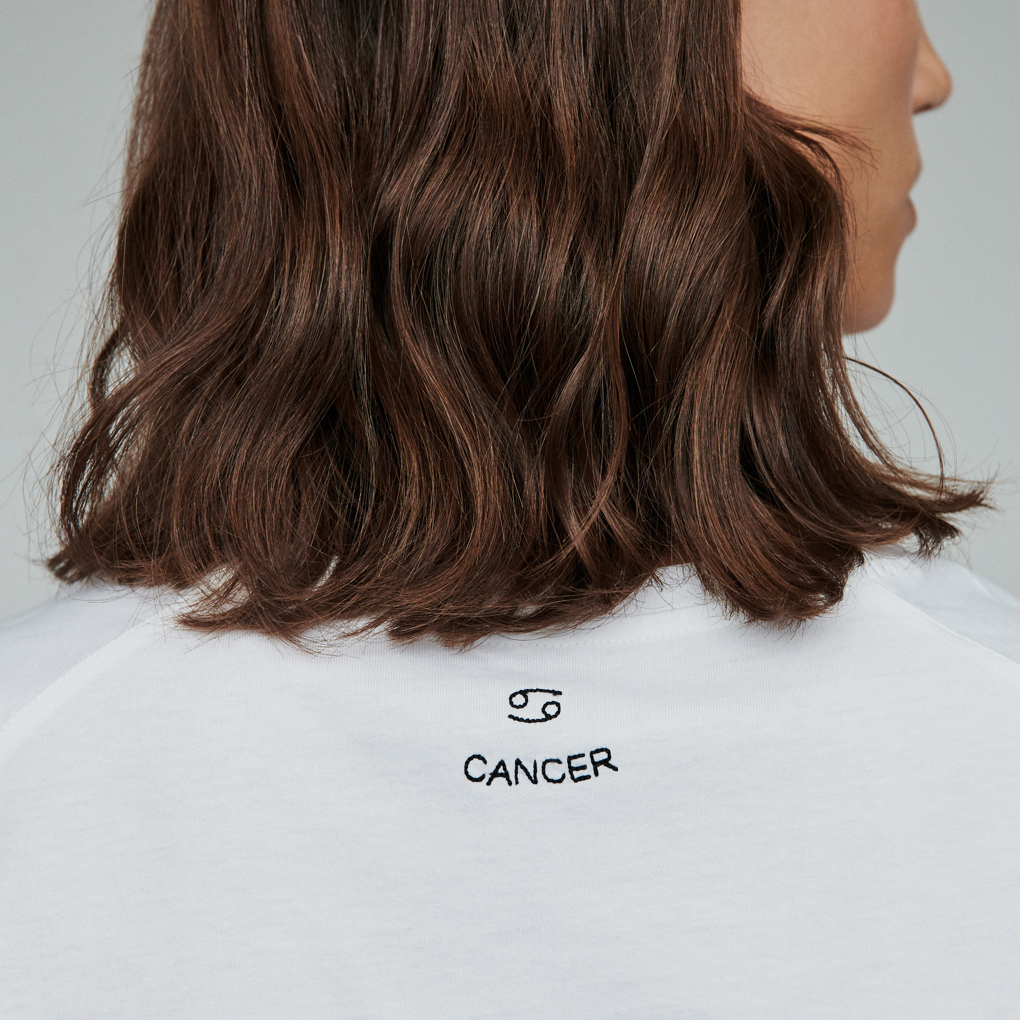 Cancer zodiac embroidery and strass cotton Tshirt - Ecru