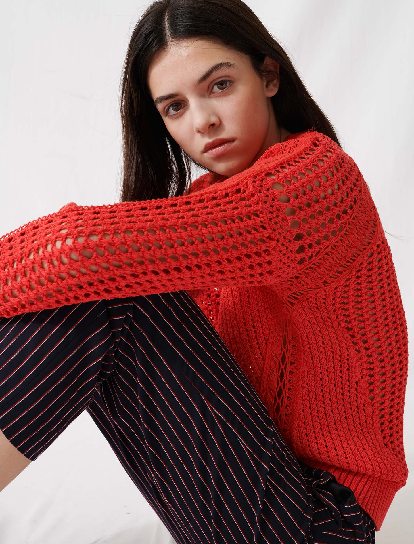 Red crochet-style jumper - Red