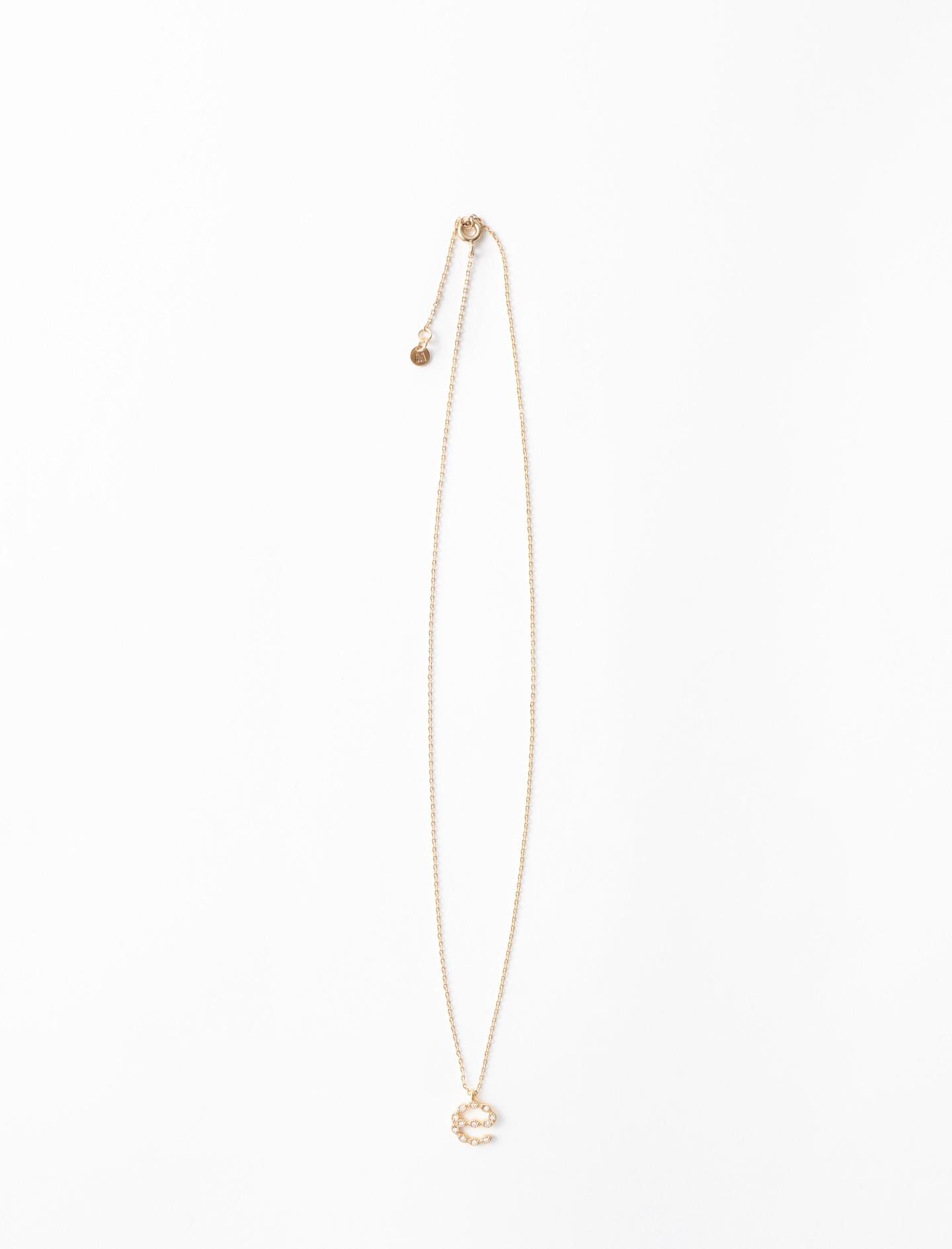Rhinestone E necklace - Gold