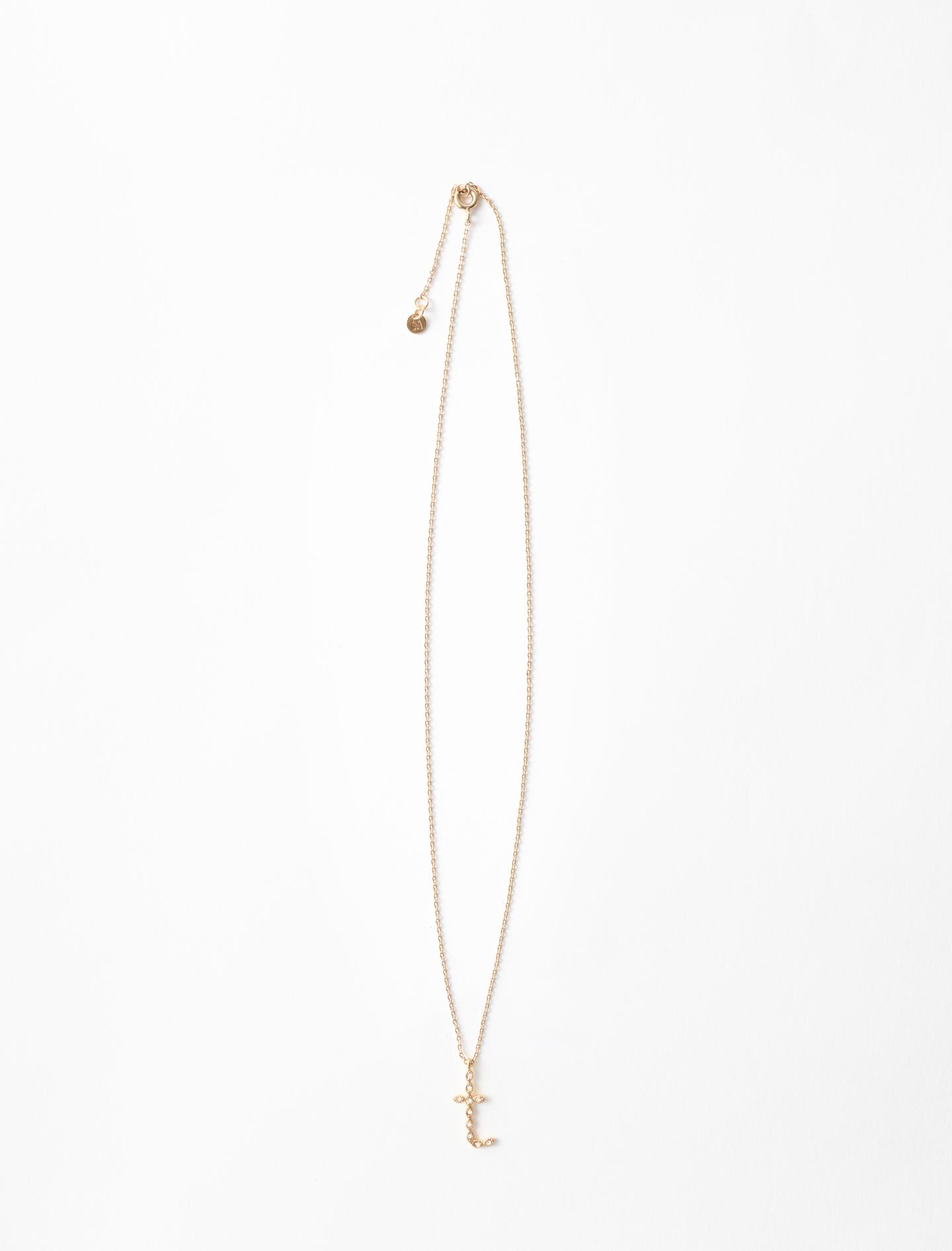 Rhinestone T necklace - Gold