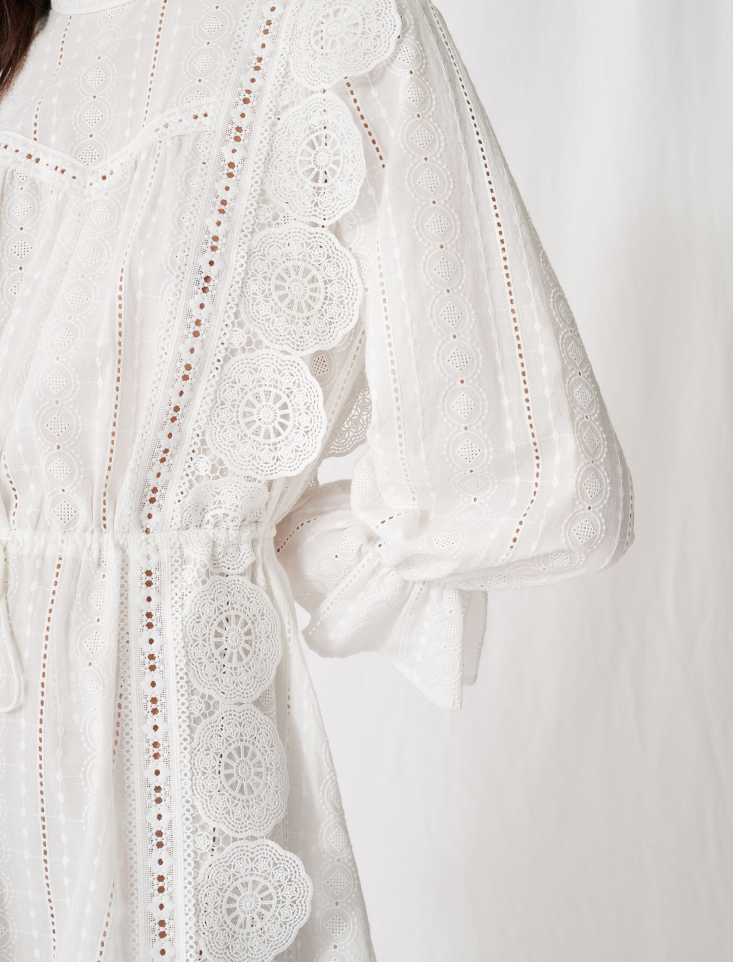 White dress with broderie anglaise - White