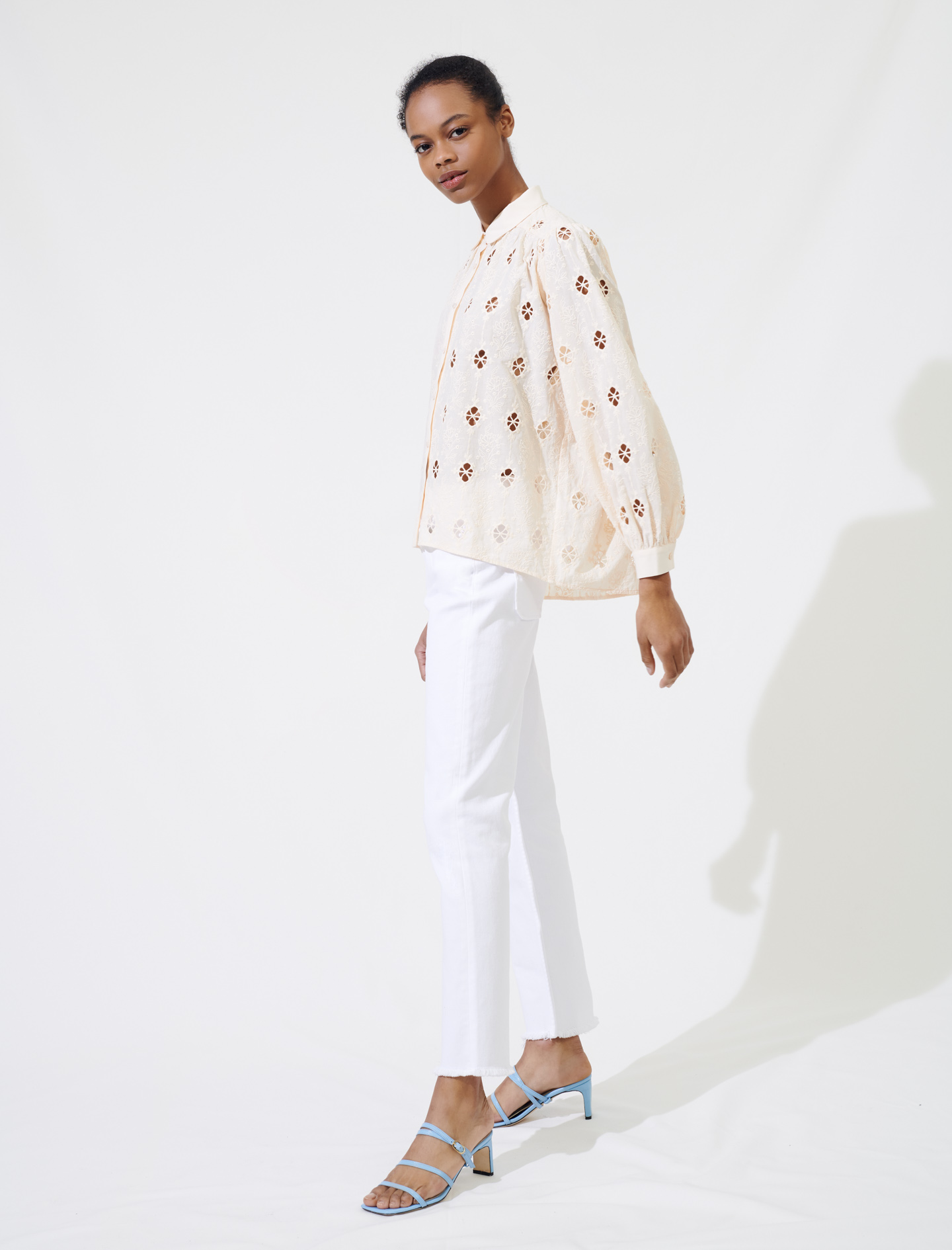 Broderie anglaise shirt - Nude