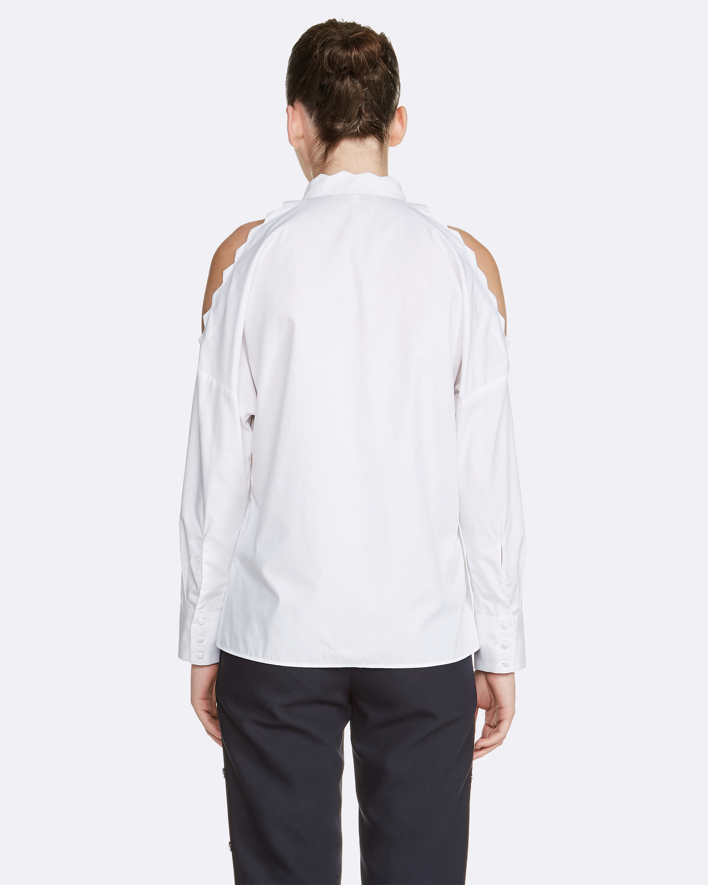 Shirt With Naked Shoulders - White
