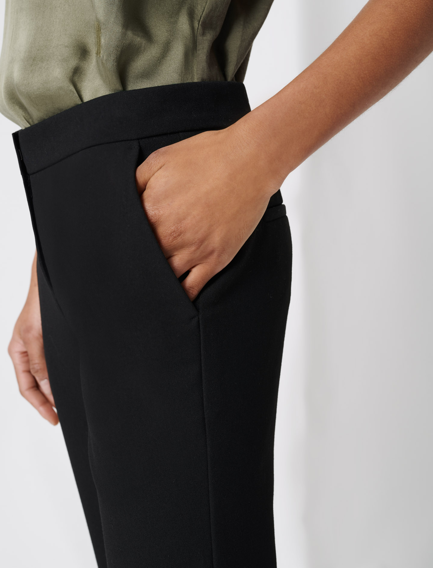 Straight 7/8 pants - Black