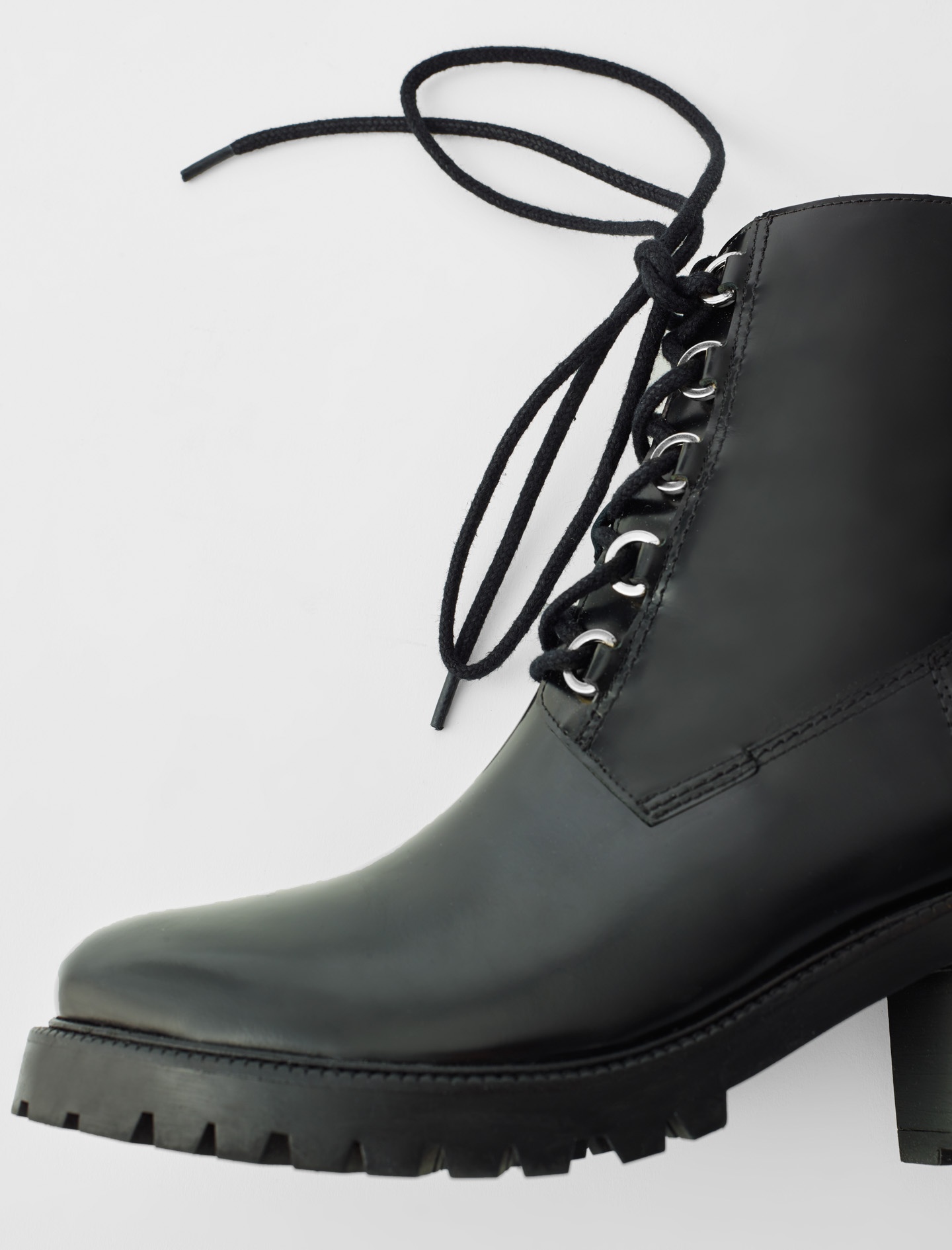 Black leather heeled boots - Black