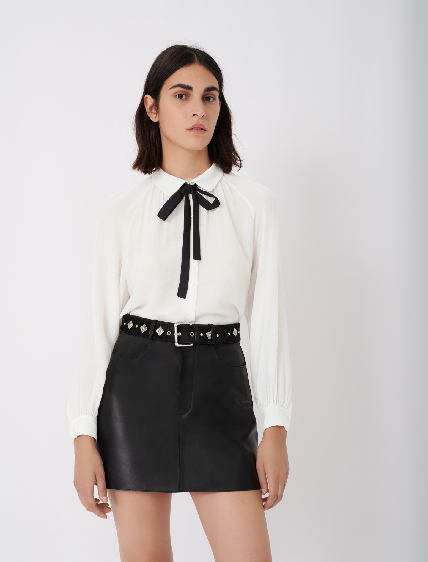 Flowing shirt with pussy-bow collar - Ecru