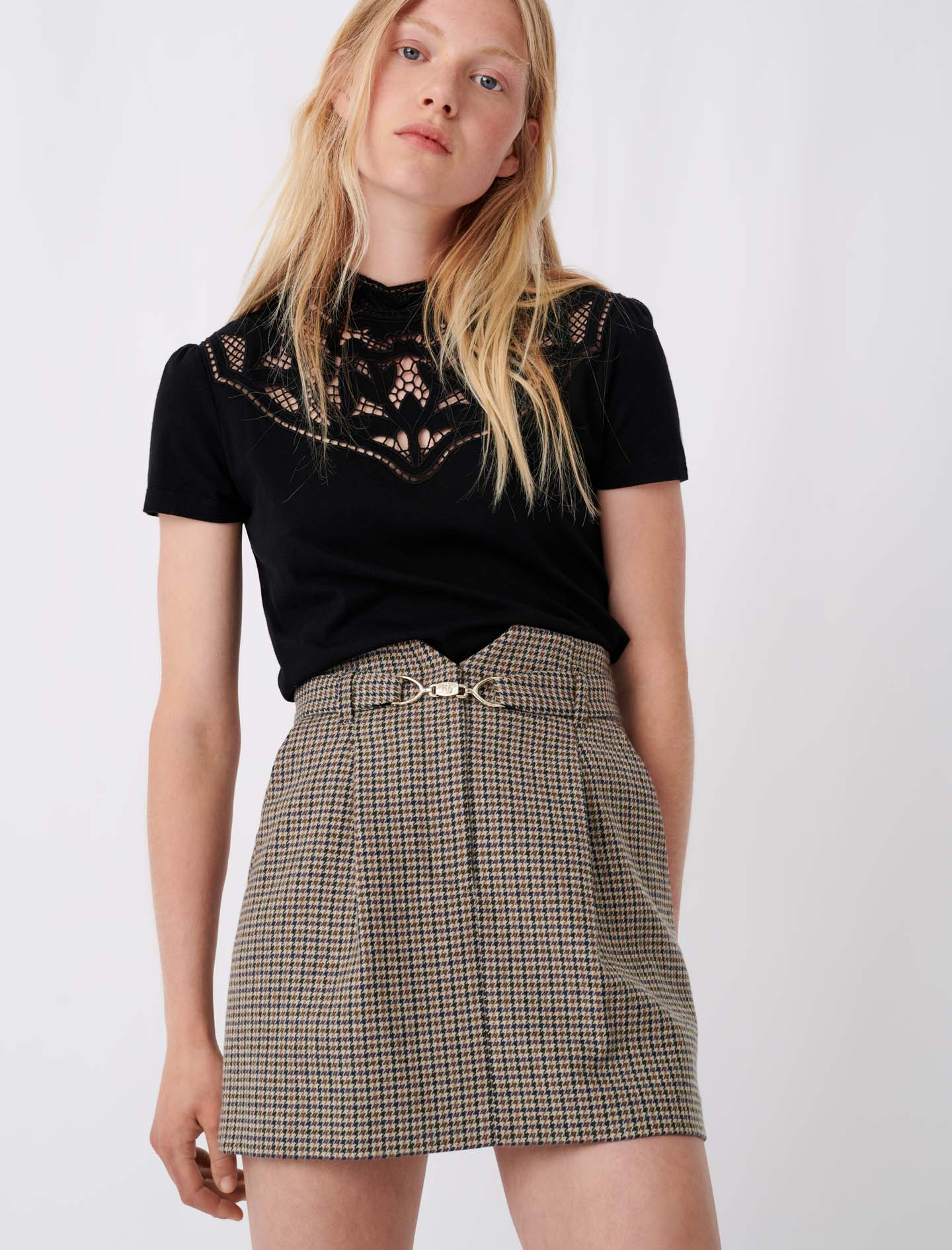 T-shirt with lace collar details - Black