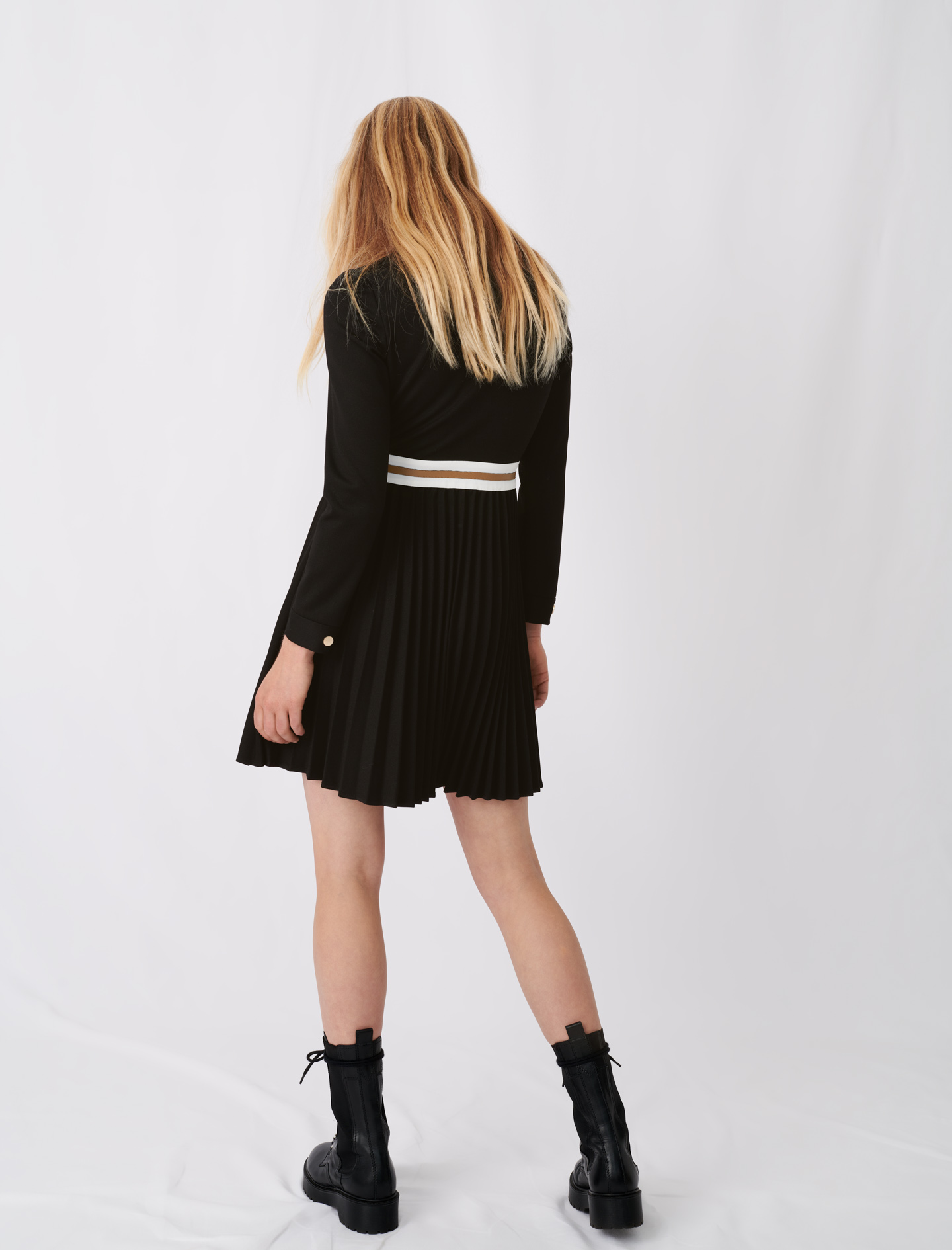 Crepe dress with contrasting details - Black