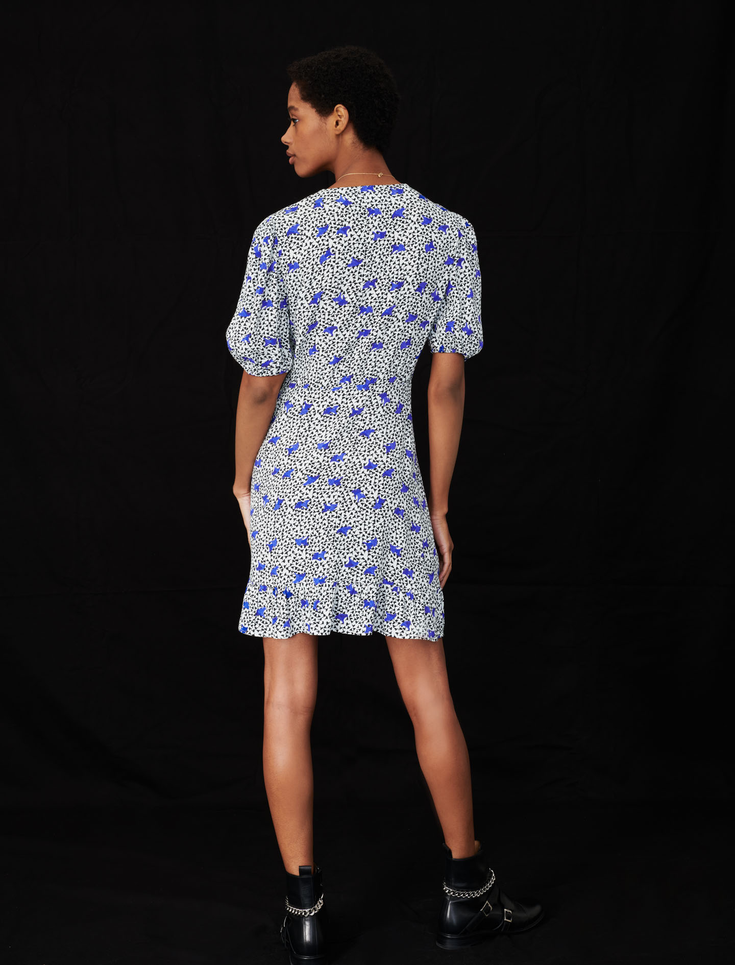 short sleeve mini dress blue floral print by maje paris