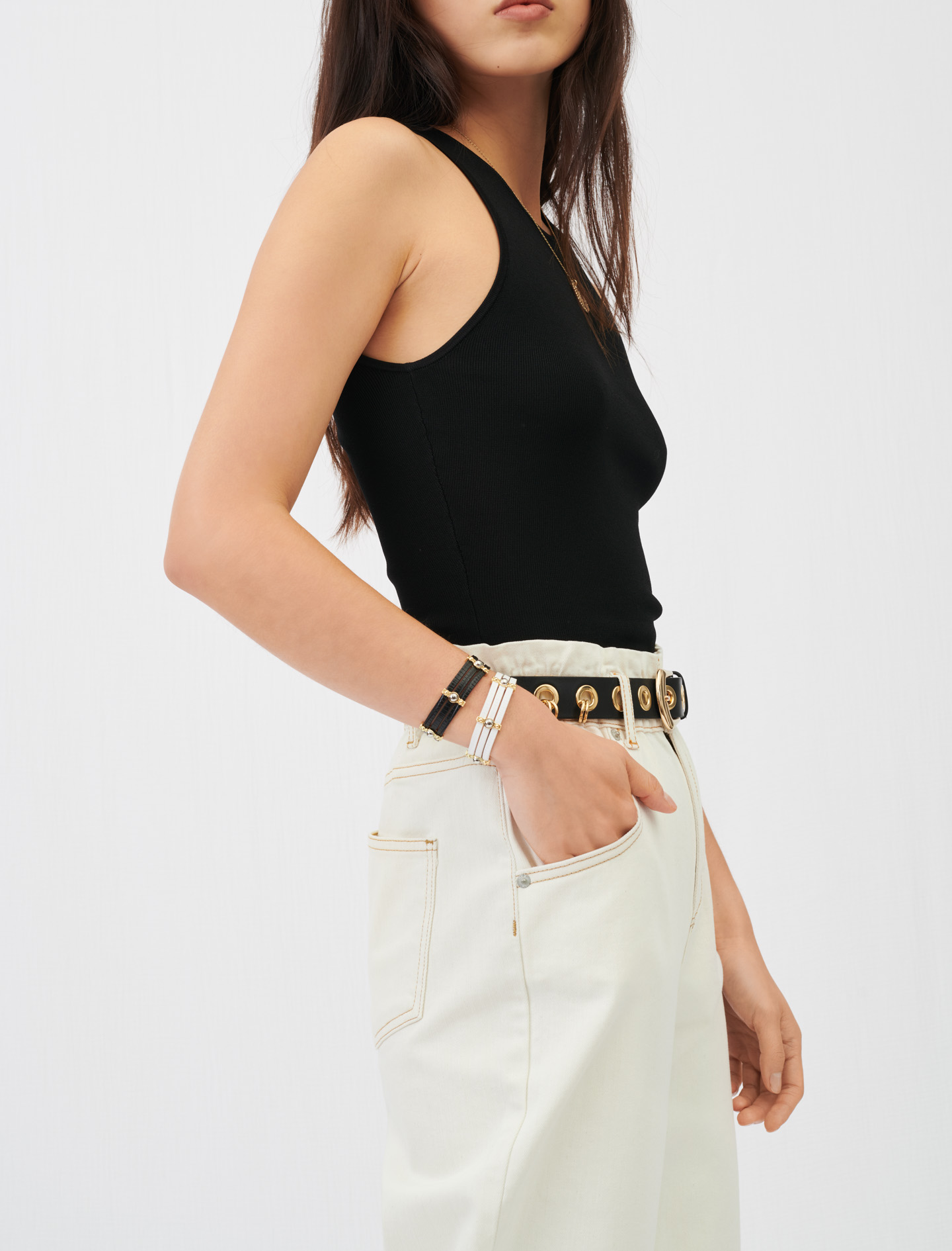 Leather belt with eyelets and rings - Black