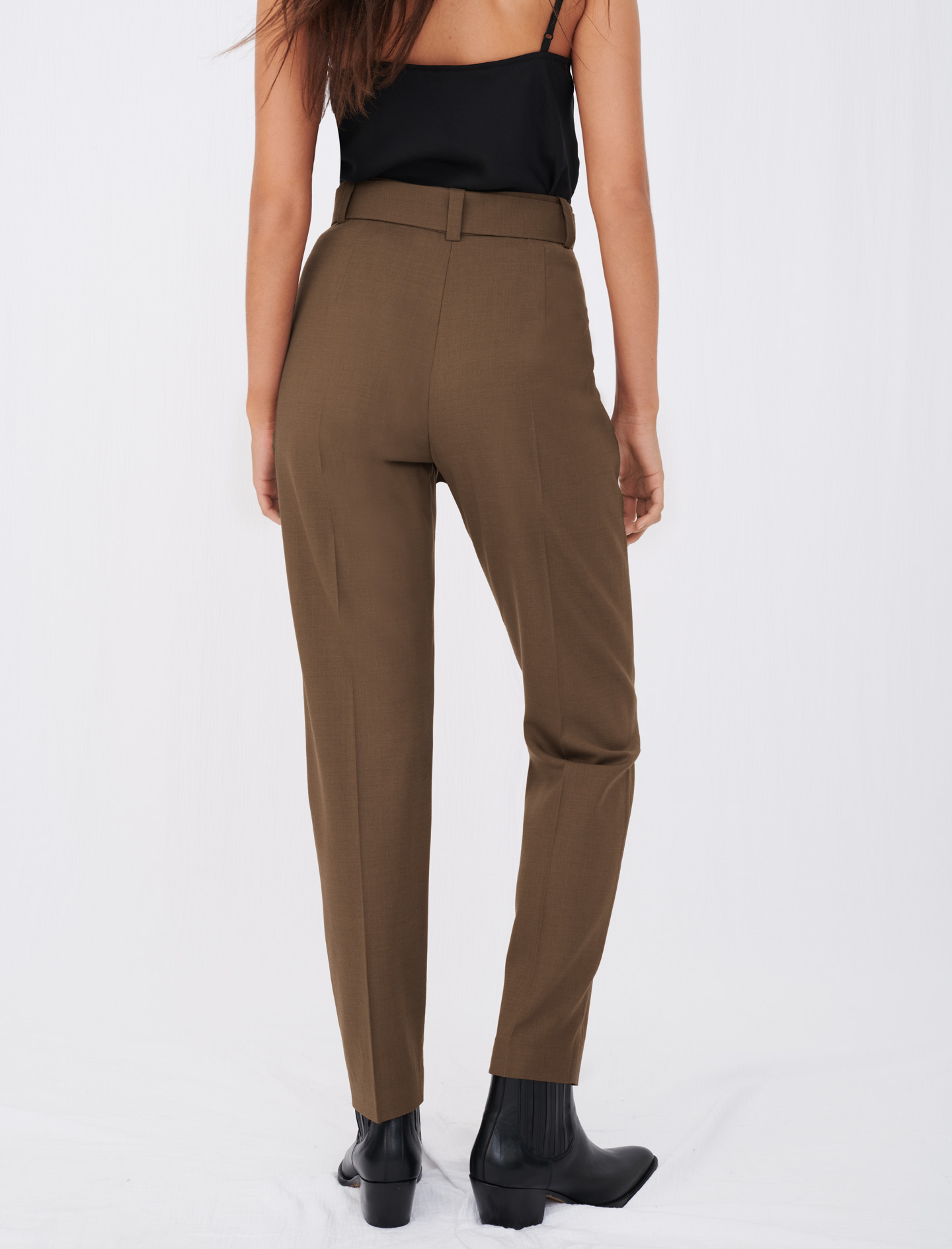 Straight-cut, belted suit trousers - Brown